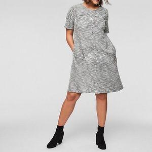LOFT Plus Fringe Tweed Pocket Dress. Size 18